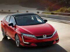 Водородный седан Honda Clarity прошёл технический апгрейд