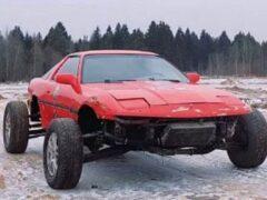 В России блогеры превратили Toyota Supra в багги