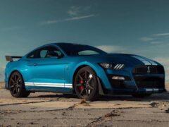 Ford Mustang Shelby GT500 продают с наценкой в 100 тысяч долларов