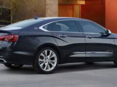 Показаны снимки современной модели Chevrolet Impala