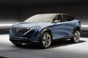 Nissan планирует вывести на российский рынок электро-кросс Ariya