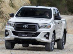 Toyota Hilux в ноябре стал лидером продаж среди пикапов в РФ