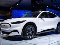 Электроминивэн Ford Transit получит АКБ от Mustang Mach-E