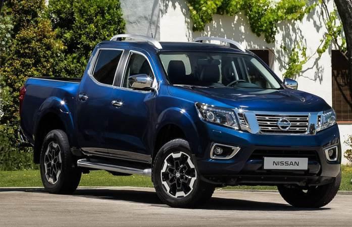 Nissan Navara 2021, пикап