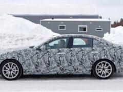 Опубликованы шпионские фото обновленного седана Mercedes-Benz C-Class