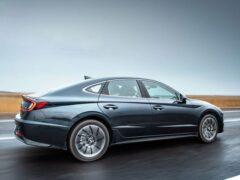 Hyundai готовит к дебюту новое поколение модели Elantra