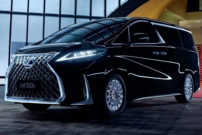 Lexus LM, минивэн