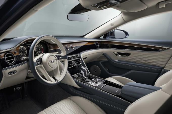 Bentley Flying Spur, интерьер