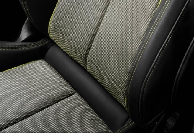 Audi, обивка сидений из пластика
