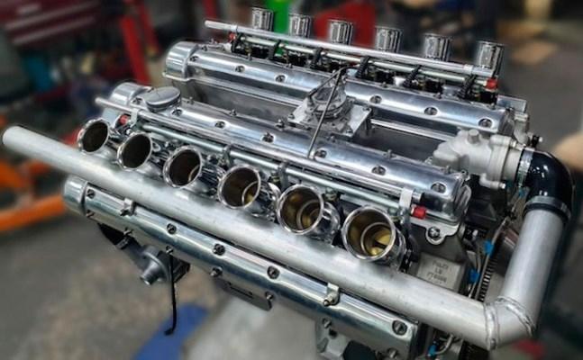 V12, атмосферный из 60-х