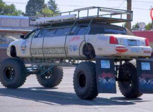 Внедорожный монстр-лимузин на основе Lincoln Town Car