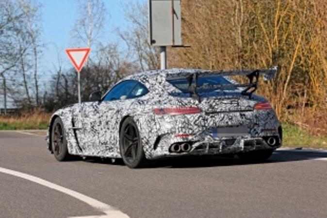 Mercedes-AMG GT Black Series, огромное антикрыло