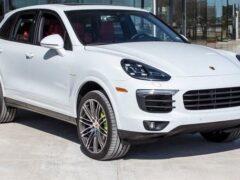 Названа самая покупаемая в России модель Porsche
