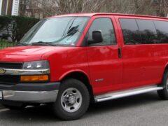 Chevrolet обновит моторную гамму фургона Express