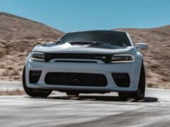 Dodge выпустил набор Scat Pack 2020 Charger и SRT Hellcat Widebody