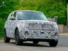 В Сети показали фото нового Range Rover около Нюрбургринга