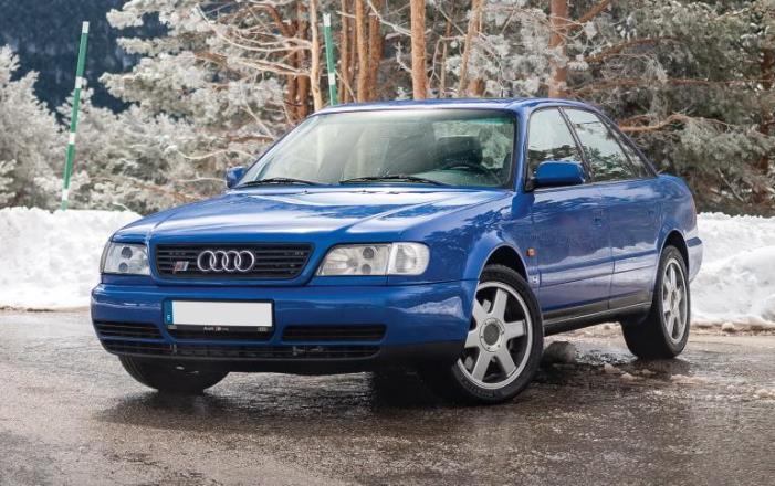 Audi S6 Plus 1996 года