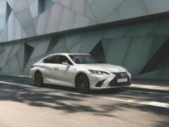 В России Lexus ES 250 получил версию F Sport
