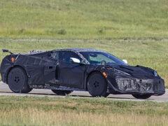 Прототип обновленного Chevrolet Corvette Z06 заметили на испытаниях