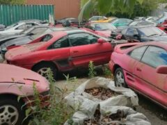 В Великобритании нашли «кладбище» с купе и родстерами Toyota MR2