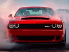 Владельцы Challenger SRT Demon судятся с Dodge из-за краски