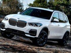 BMW обновила цены на свои модели в России