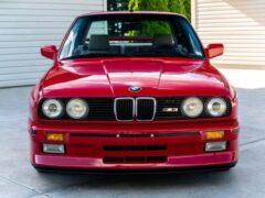 На продажу выставлен 32-летний BMW M3 в идеальном состоянии