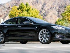 Tesla Model S и Model X получат улучшенный софт подвески