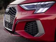 Новые фары Audi RS3 будут украшены клетчатым флагом