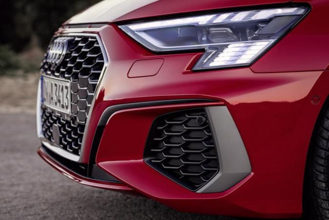 Audi RS3, новые фары