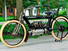 Раритетный 110-летний мотоцикл был продан за 225 тыс. долларов
