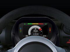 Фирма Lotus предложила новую приборку для старых машин
