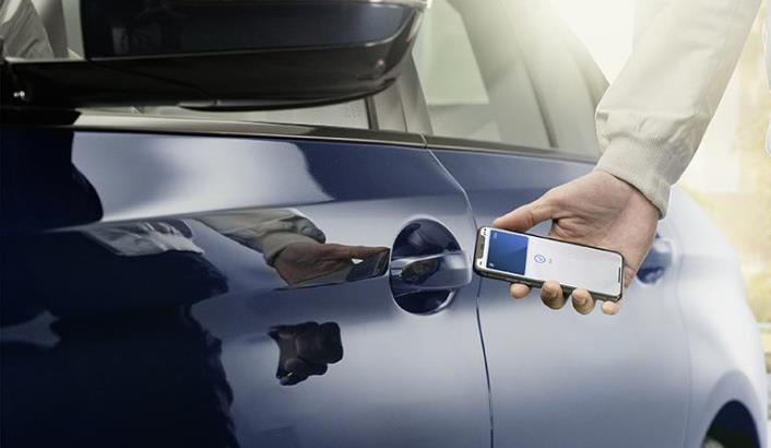 iPhone, ключ для автомобилей