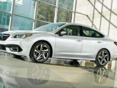 Subaru подняла цены на седан Subaru Legacy в России