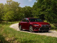 Компания Lexus повысила стоимость седана ES