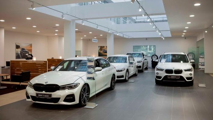 автомобили BMW, салон