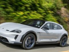 Porsche переносит запуск Taycan Cross Turismo на 2021 год