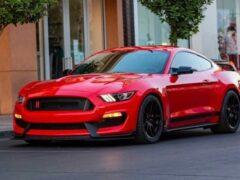 Ford считает, что двигатели V8 все еще актуальны