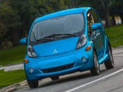 Mitsubishi снимает с конвейера первый в мире серийный электрокар i-MiEV