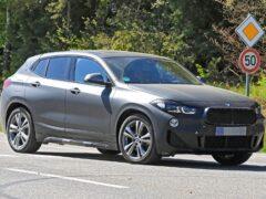 BMW X2 Facelift снова замечен без камуфляжа