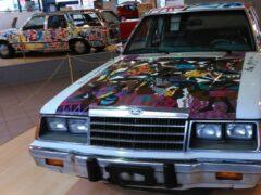 36-летний Ford с росписью Лиланги продают за 2 млн евро