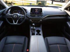 Nissan озвучил цены на обновлённый Nissan Altima 2021 года