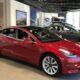 Tesla запретила дилерам продавать Model 3 по самой низкой цене