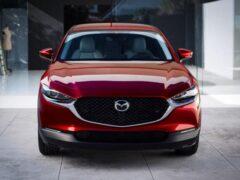 Mazda назвала цены на все комплектации кроссовера CX-30 в РФ