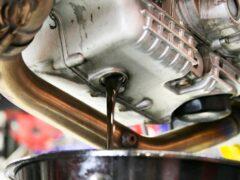 Названы плюсы использования самого дешевого масла для двигателя