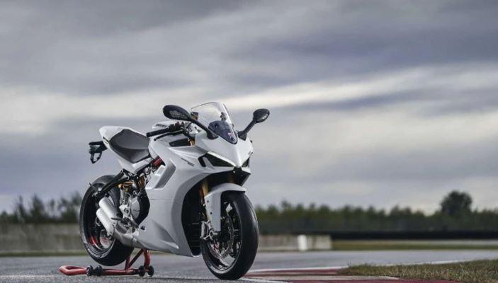 SuperSport 950, обновленный мотоцикл