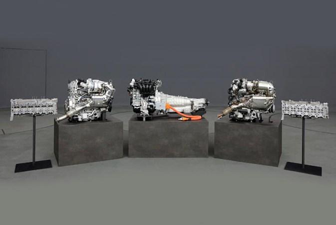 Mazda, три новых двигателя