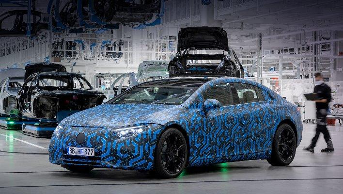 Mercedes-EQ, EQS флагманский лифтбек
