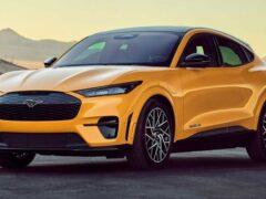 Ford намекает на появление еще более быстрого Mustang Mach-E