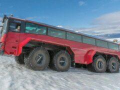 Внедорожный автобус «Слейпнир» создан для покорения ледников